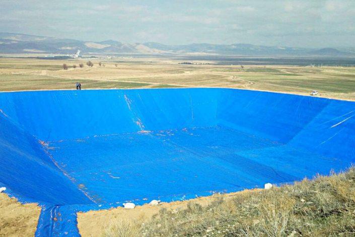 انواع عایق رطوبتی برای آب بندی استخر کشاورزی
