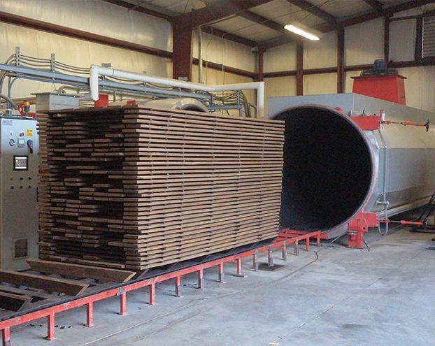 ساختار فیزیکی چوب در طی مراحل تولید ترموود چه تغییر می کند؟